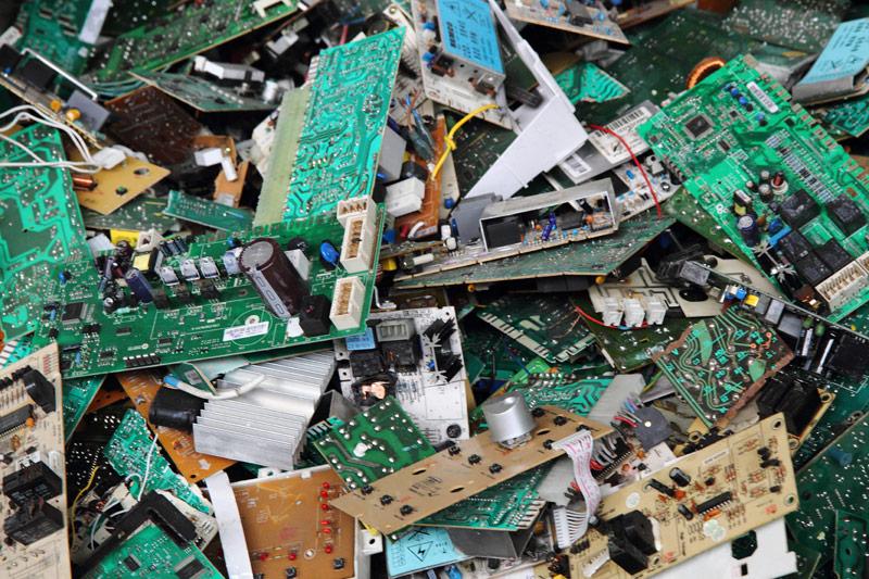 Bảo vệ môi trường từ cách sử dụng các thiết bị điện tử một cách thông minh